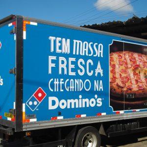 Caminháo Dominos Pizza